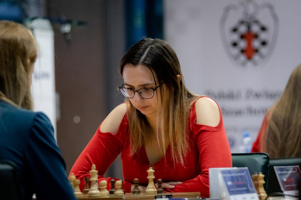 Mistrzostwa Polski w szachach, Runda 8 – Cisza przed burzą?